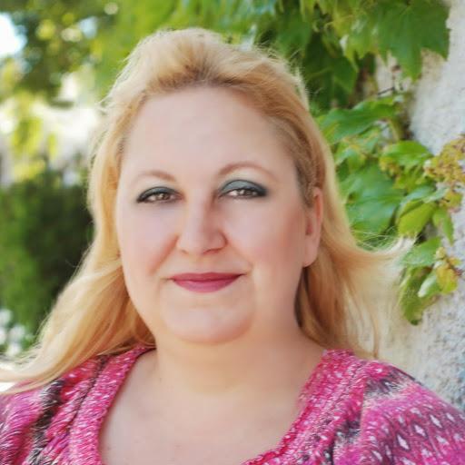 Lori Winslow