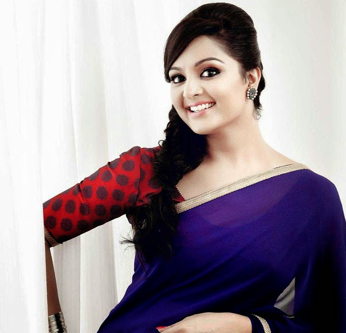 manju warrier hot