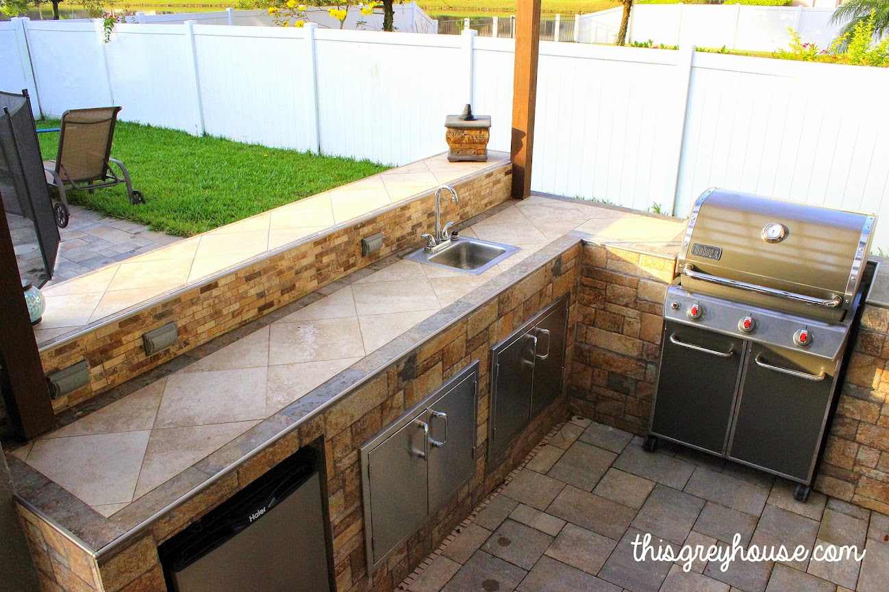 Our diy outdoor kitchen this grey house diy outdoor kitchen by thisgreyhouse solutioingenieria Gallery