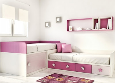 camas cruzadas rosa y blanco