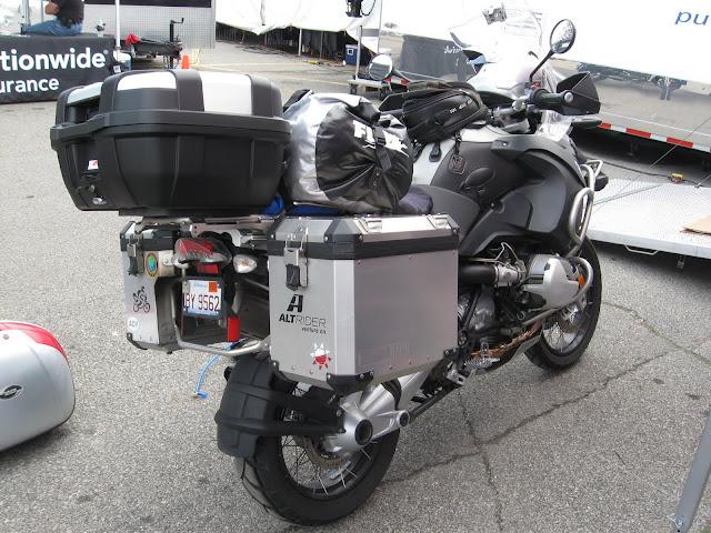 givi trekker 52n adventure rider. Black Bedroom Furniture Sets. Home Design Ideas