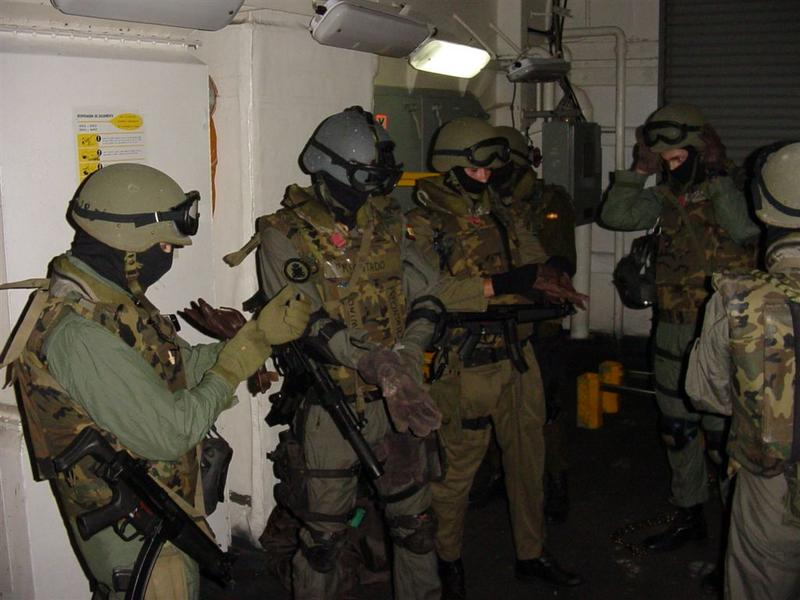 01/07/12 DOMINGO Rescate en Libia  - La Granja Airsoft - Partida abierta Aaw_sized