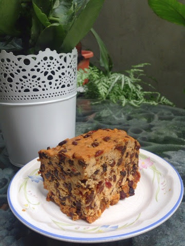 Kawan kawan katong festive fruit cake as is my usual practice i made my traditional sugee cake this christmas plus some mince pies plus my mother made her shortbread forumfinder Image collections