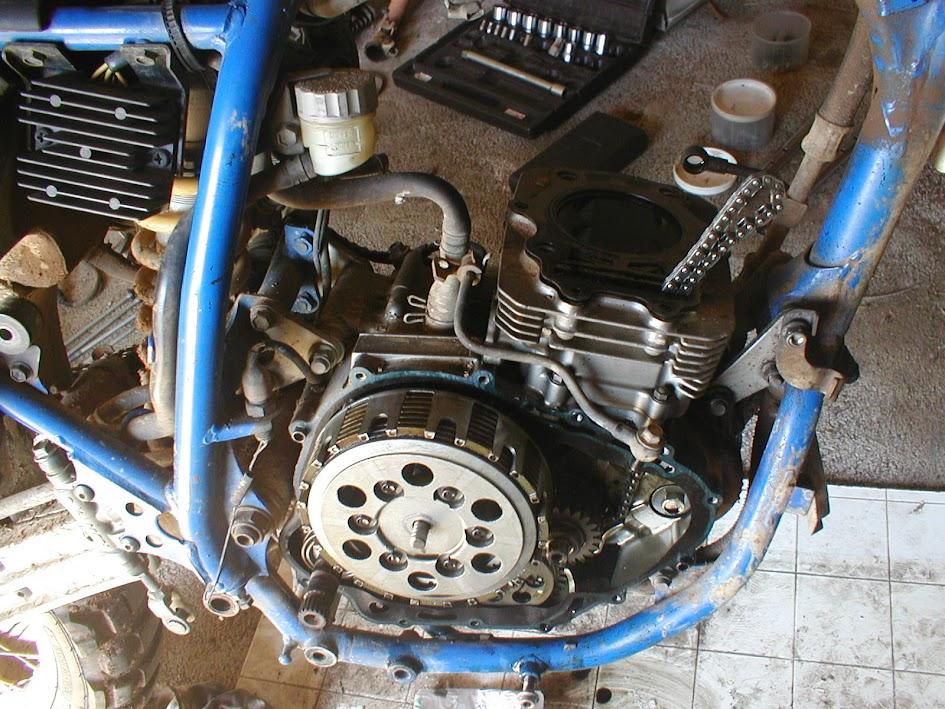 Les moteurs de DR350. Limogne%2B025