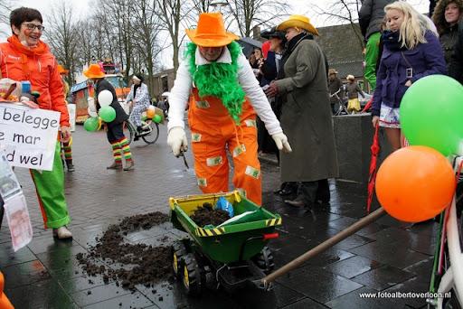 Carnavalsoptocht overloon 19-02-2012 (39).JPG