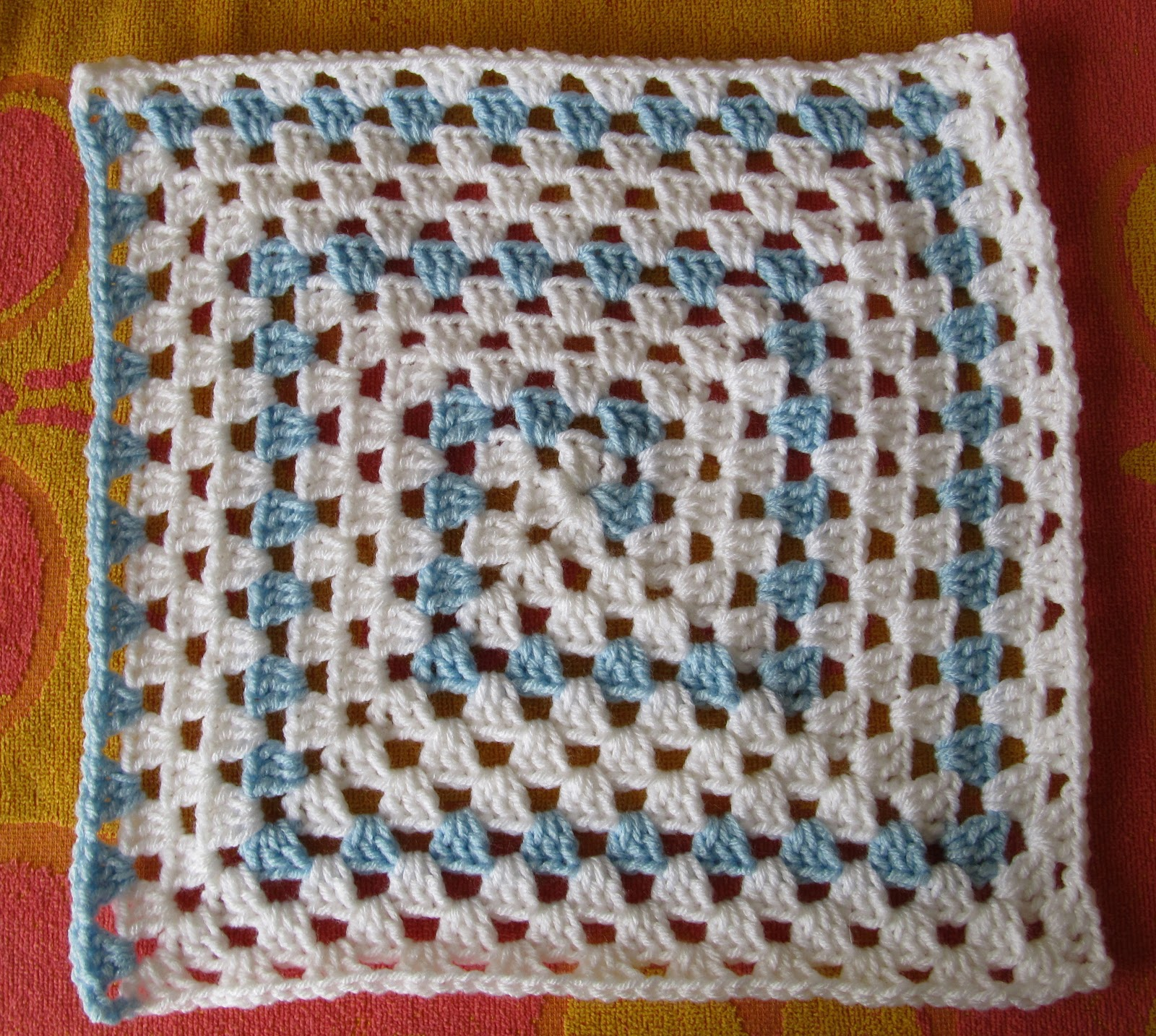 SmoothFox Crochet and Knit: SmoothFoxs Spiral Granny Square or Blanket -...