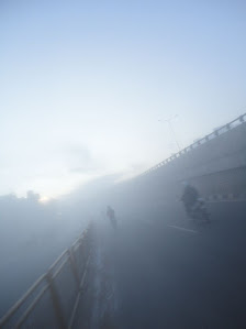 Mist- The Chandapura intersection. We missed the flyover in the mist