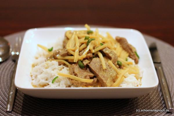 Rindfleisch-Curry mit Bambussprossen und Kokosmilch