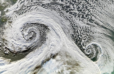 Double Cyclone - Iceland (Nov. 2006)