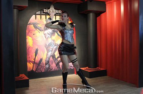 Gstar 2011: Toàn cảnh gian hàng Blizzard Entertainment 15