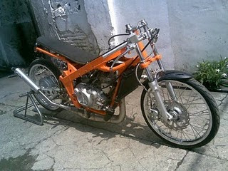 Motor Drag Race Balap Drag Liar Kawasaki Ninja Orange Chassis Motor Drag Race Balap Drag Liar Kawasaki Ninja Orange Chassis