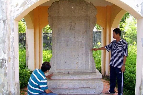 Khu lăng mộ và đền thờ ông Phạm Đăng Hưng 2