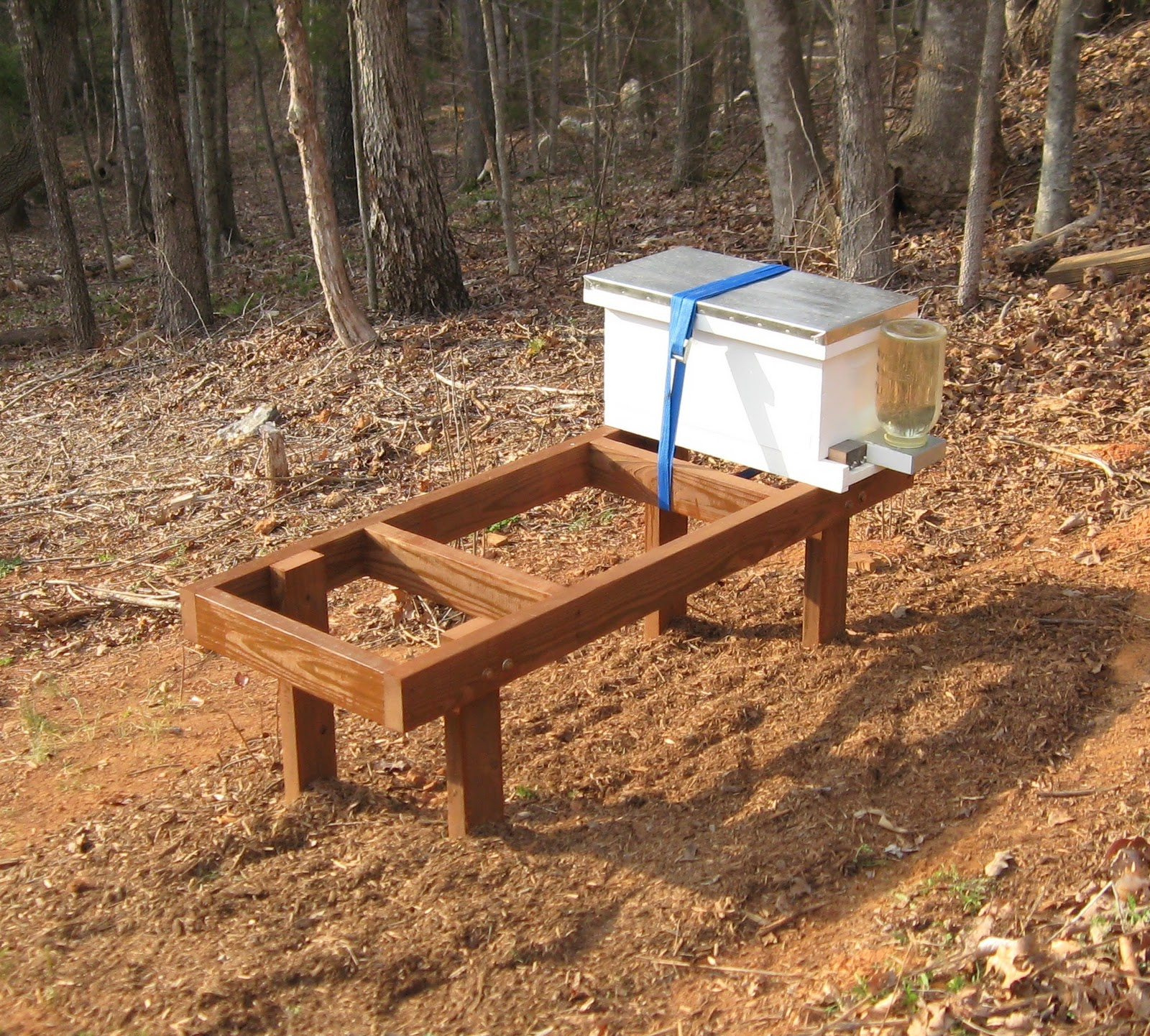 Hive Stand Designs : Beaver creek bees expanding the bee yard