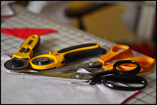 how to cut out a pattern with a rotary cutter