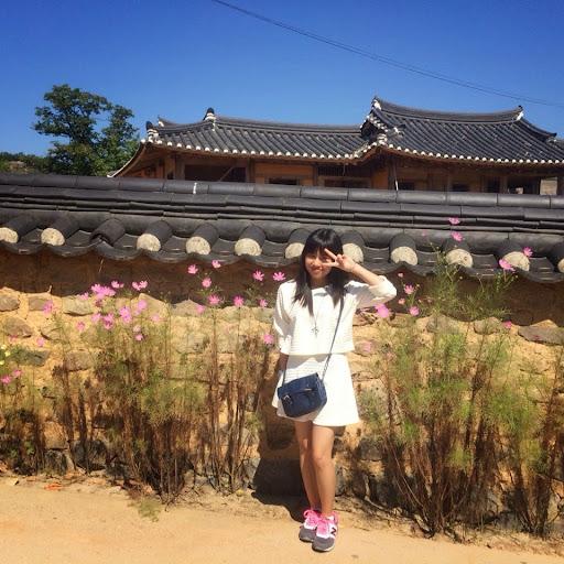 Huyen Phan Photo 22