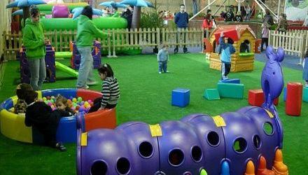 Carrera de gusano: Juegos para fiestas infantiles