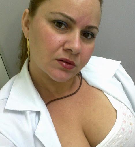 Michele Cruz Photo 11