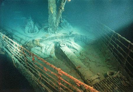 Original Real Titanic Underwater Photos   Real Titanic ...