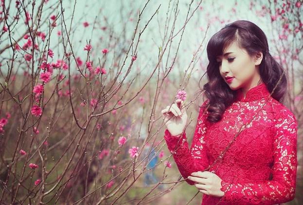 Những bài thơ tình buồn mùa Xuân cô đơn, lẻ loi một mình