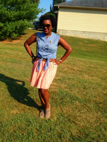 a1a8b4872196 Today I'm sharing my style with Two Thirty-Five Designs for her Casual  Friday Link Up!!