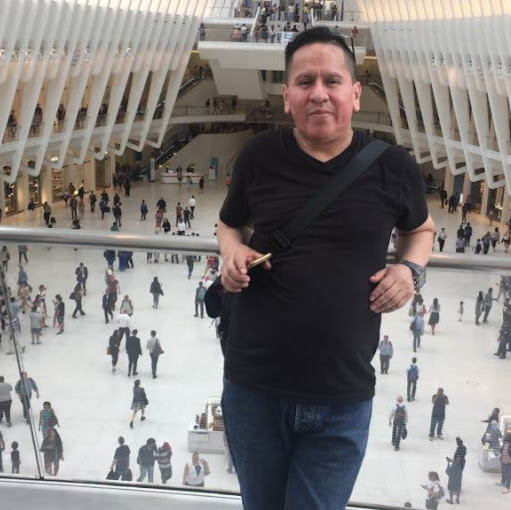 Carlos Quizhpi Photo 7