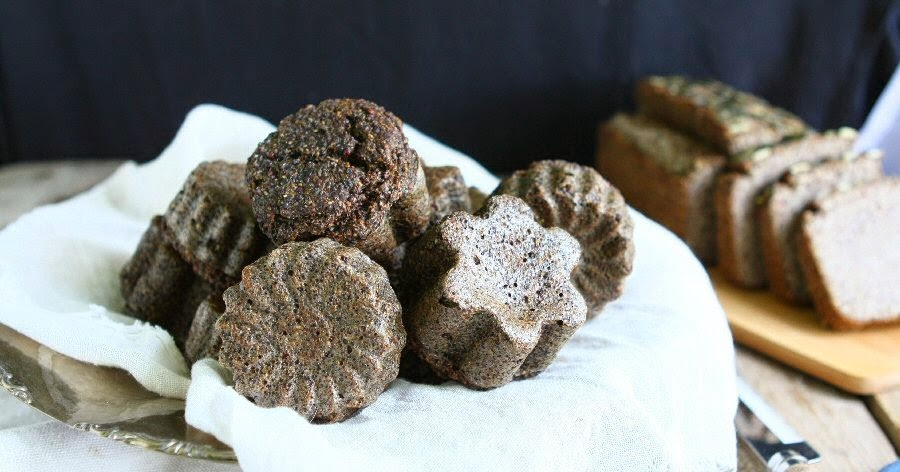 Quinoa Chia Bread (Gluten-free, Vegan)