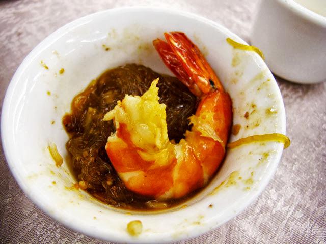 草蝦粉絲煲就算脫殼之後肉還是很肥美的-大大茶樓台中港式飲茶