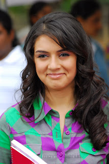 Hansika Motwani Cute Tshirt Hot Photos