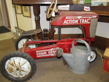 kidsize tractor