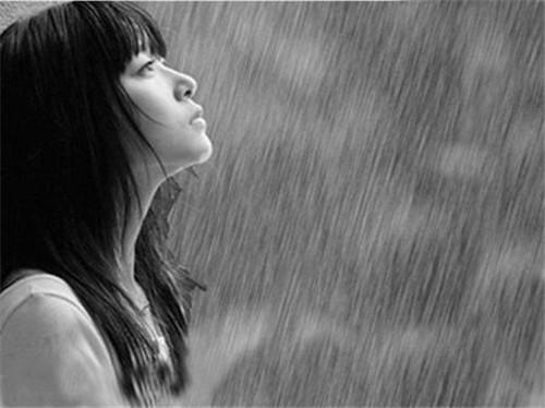 Chùm thơ cơn mưa mùa đông
