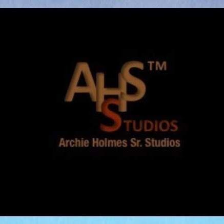 Archie Holmes