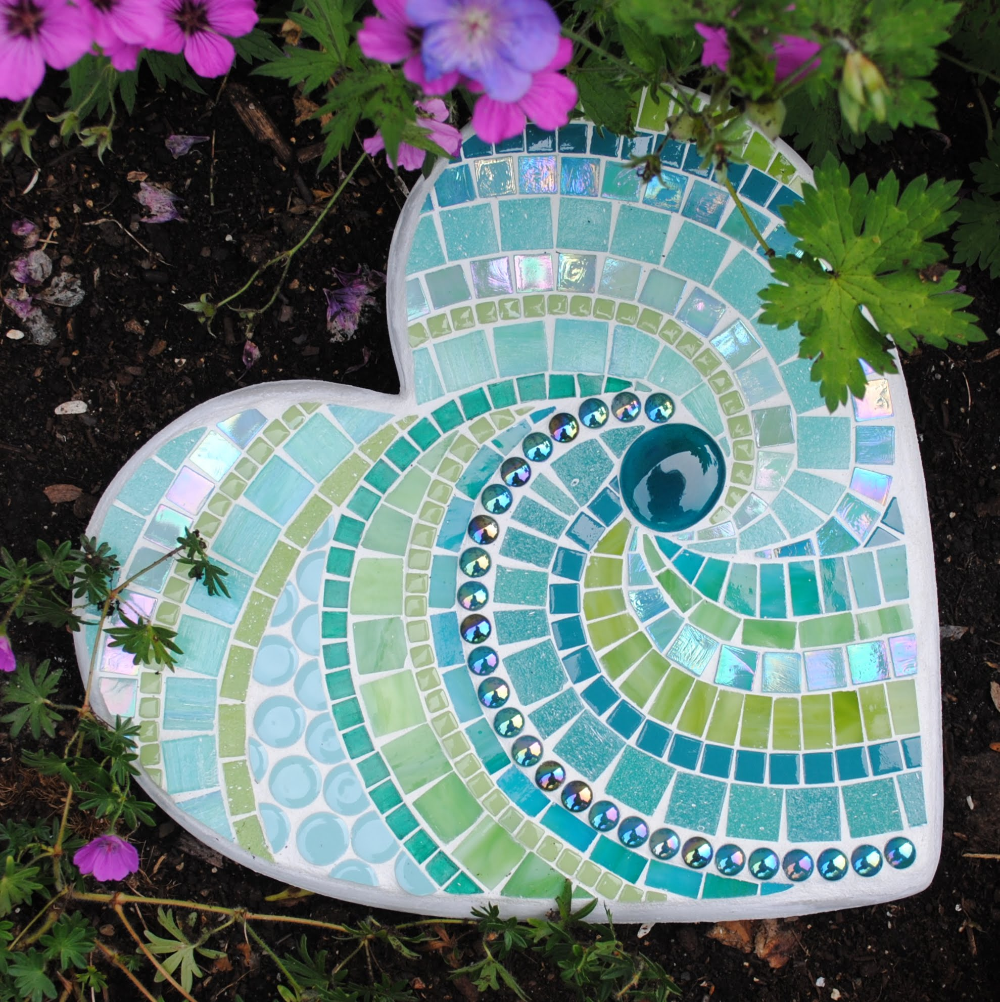 Tropical rainforest large mosaic stepping stone moo5096 for Garden mosaic designs