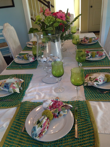 Sunday dinner, green and pink tablescape