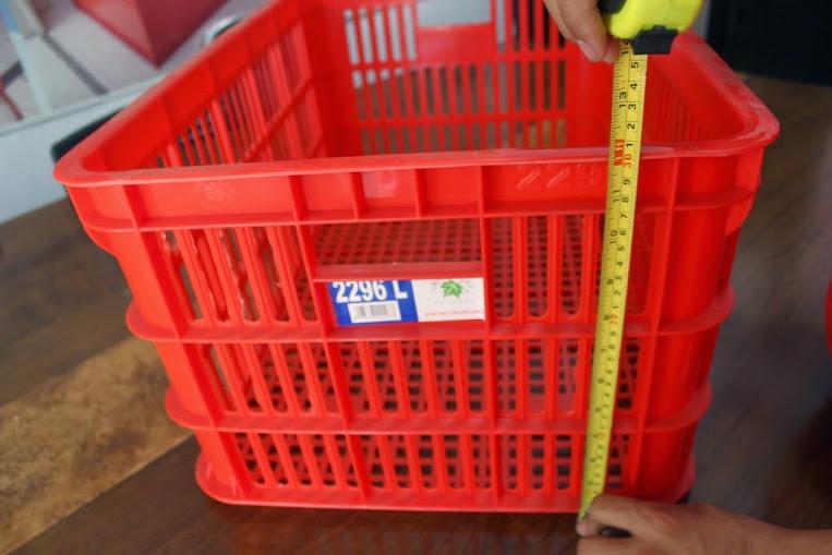 KERANJANG KONTAINER PLASTIK LOBANG Tipe 2296 L RAK