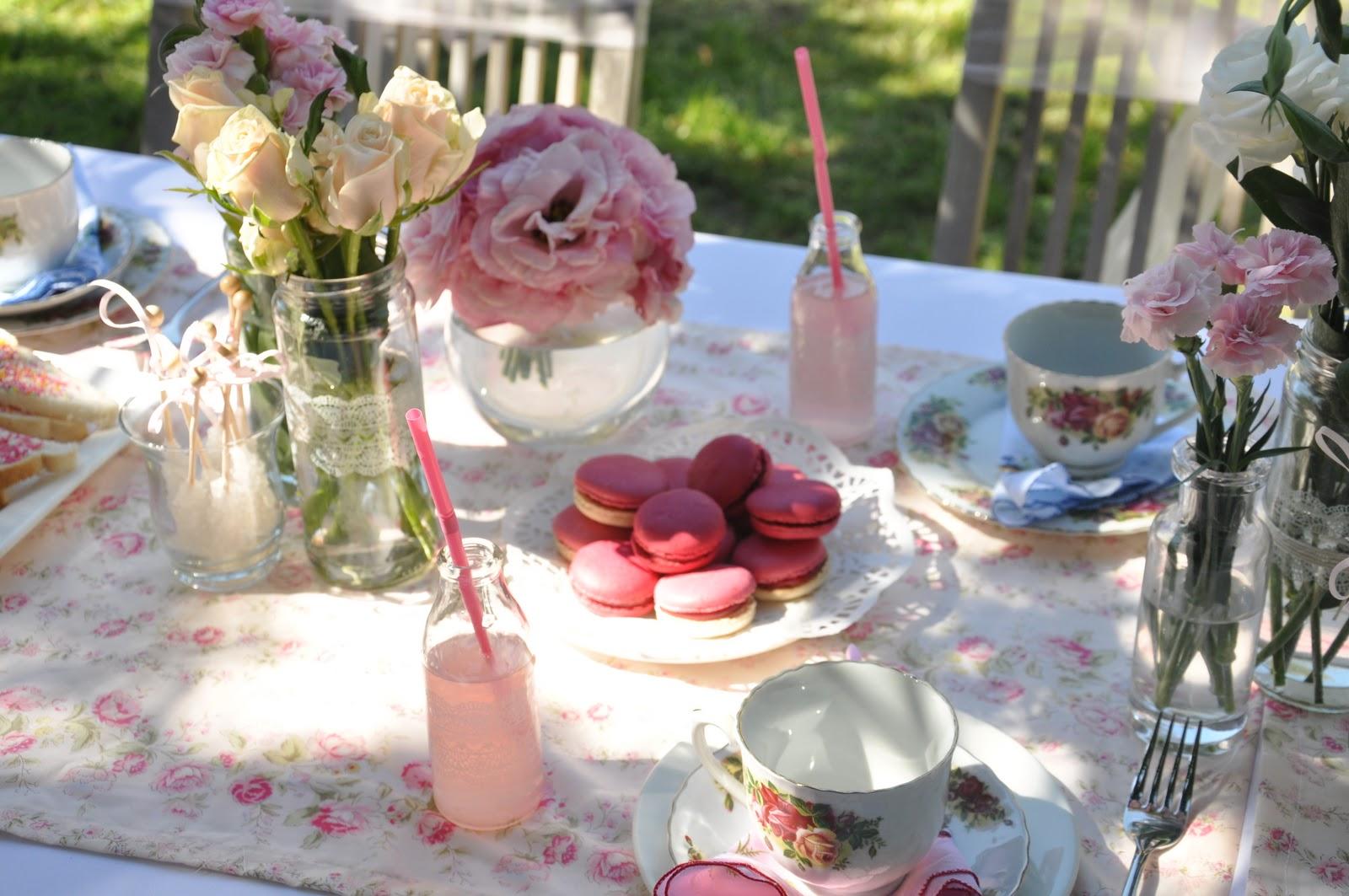 Little Sooti: {Real Parties} Vintage Tea Garden Party