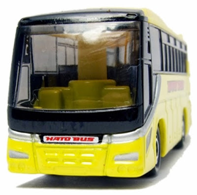 Thiết kế bên trong rất chi tiết của Tomica 42 - Hato Bus