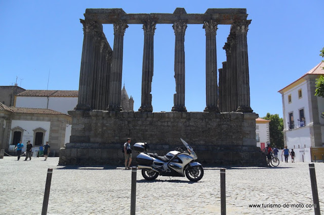 Evora, Templo de Diana, alentejo, Castelo, Templo romano de Évora, Capela dos Ossos