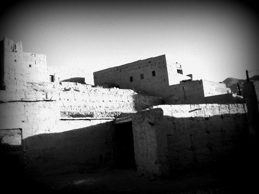 Marrocos e Mauritãnia a Queimar Pneu e Gasolina - Página 12 DSCF1391