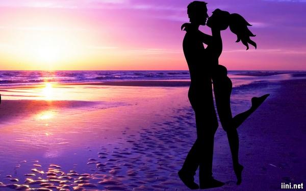 ảnh hôn nhau trước biển đẹp nhất