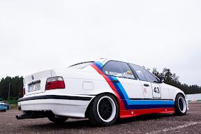 E36 sport sedan