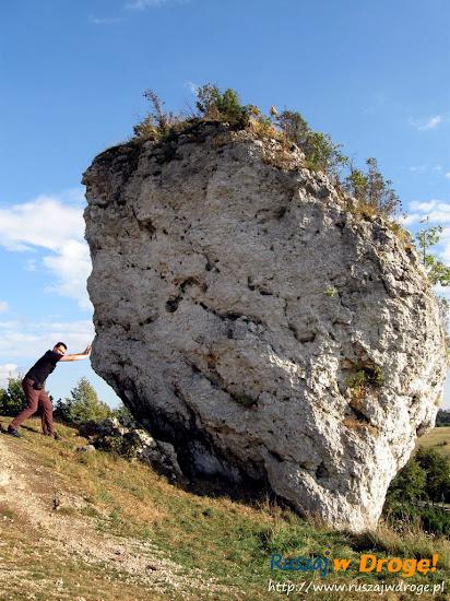 Maciej przy zamku Mirów