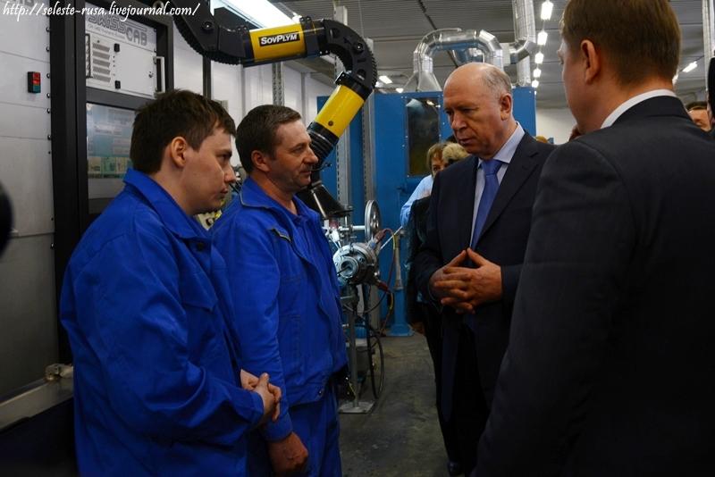 Визит губернатора на завод Самарской Кабельной Компании.