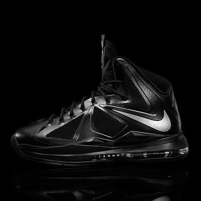 nike lebron 10 gr black anthracite 7 02 Release Reminder: Nike LeBron X Carbon / Black Diamond