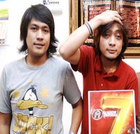 Aril AF7 dan Izwan Pilus. Gambar dari rindok.com