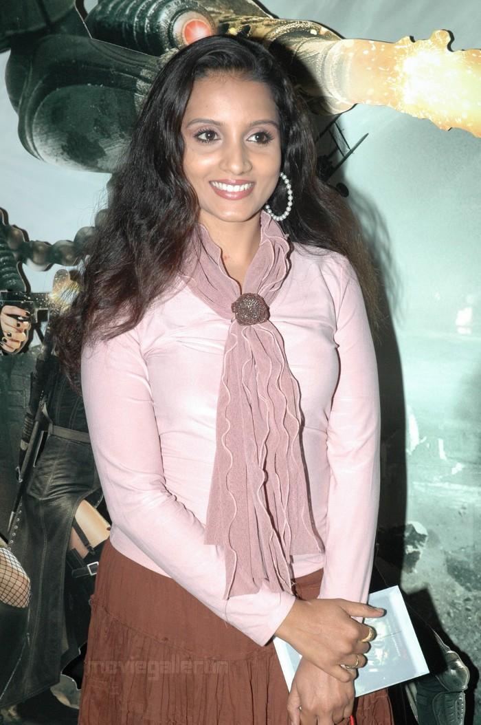 Ammu hot tv serial actress boobs navel doggy - 2 1
