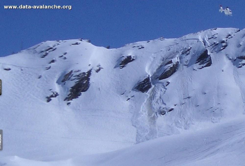 Avalanche Haute Tarentaise, secteur Pointe des Lessières, Proche du sommet du Télésiège du Glacier Express - Photo 1
