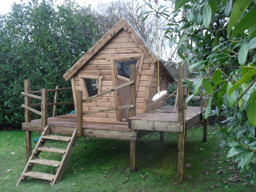 ... Simple Homemade Tree Houses For Kids. on tree house platform plans