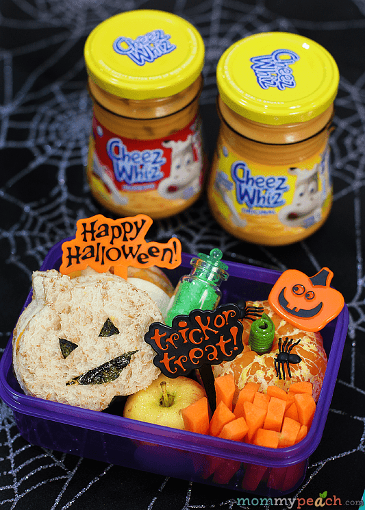 Easy Halloween Bento with Cheez Whiz!