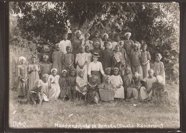 E 30 04 006 Duala (Douala) People:  One Of The Cameroonian Coastal Ethnic Group To Have Early Contact With Europeans