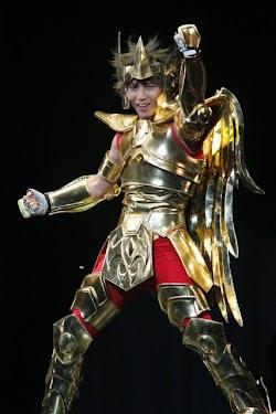 Seiya com a armadura de Sagitário